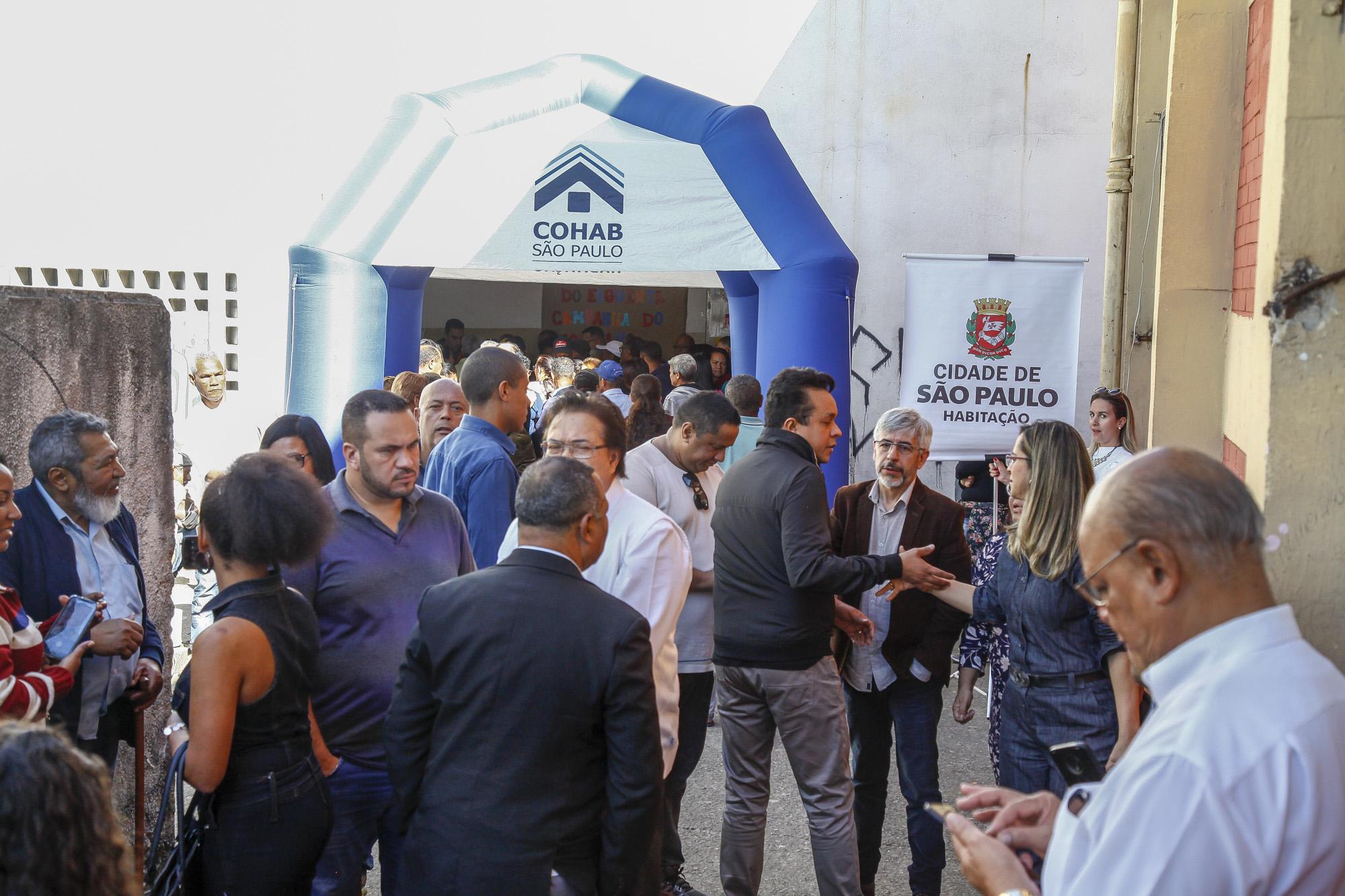 Prefeitura entrega mais de 900 títulos de propriedade a moradores de Guaianases, na Zona Leste