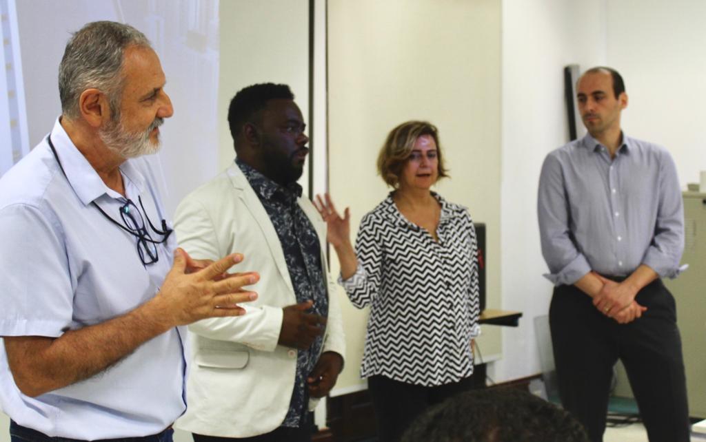 Na foto, da esquerda para a direita estão: o coordenador de processos e qualidade, Luciano Paes, assessor Ivan de Lima, diretora administrativa Renata Soares e chefe de gabinete Leandro Medeiros.